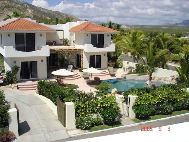 Beautiful 6 Bedroom Villa Retreat! - San José del Cabo - House