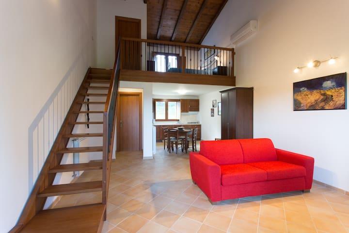 Tiberina 381 Appartamento Oleandro