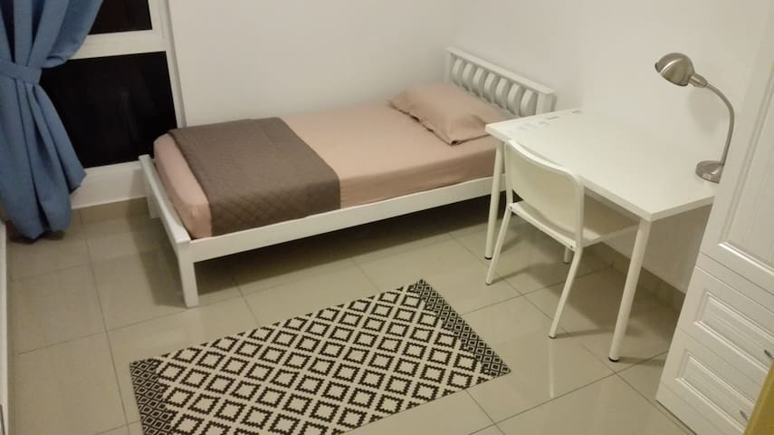 A single room@De Centrum Residence - Kajang