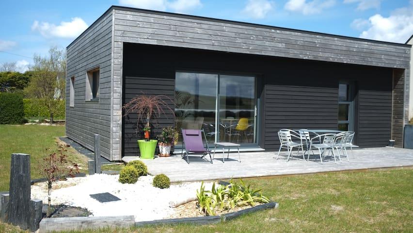 Maison en bois écologique à Santec.