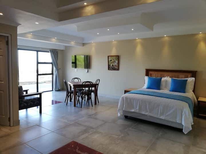Privacy,Spacious,MountainView SelfCatering 2Room D