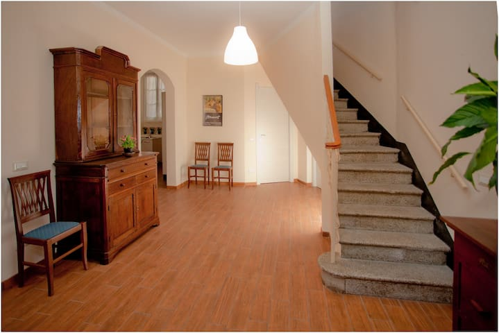 "appartment ""Livia"" Period House - Albenga - Apartemen"