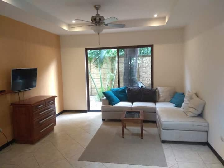 2 bed smell the ocean luxury apartment (max 6 )