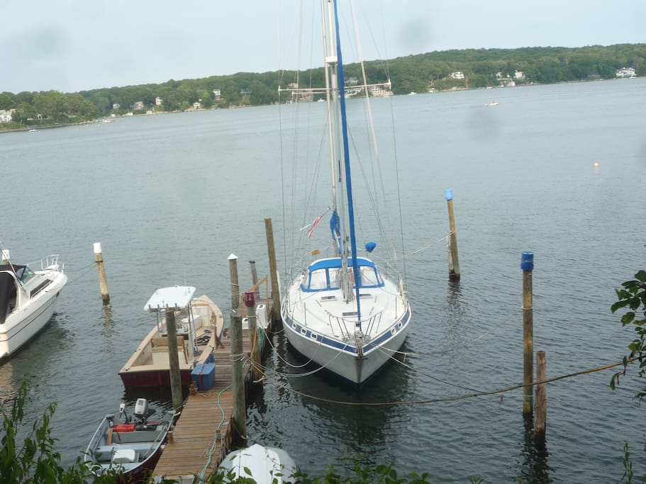 Deep water dock available