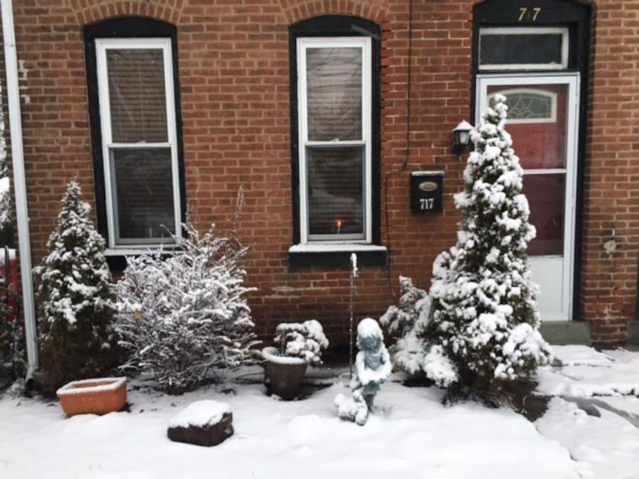 Exterior front - winter