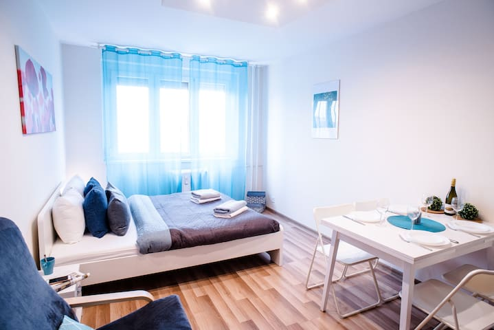 Peaceful, cozy and new apartment with balcony
