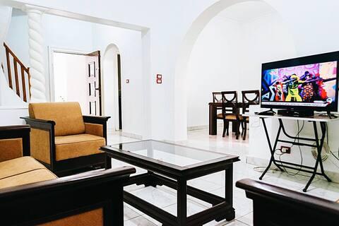 Aronia villa/3 BR-best located-3 min walk to River