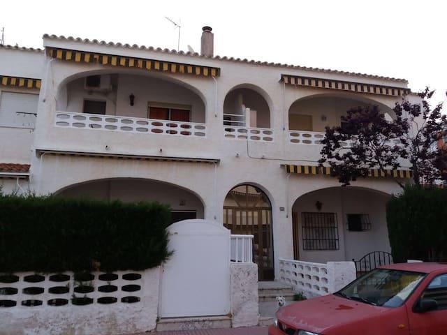 Apartamento tercera línea playa de Piles