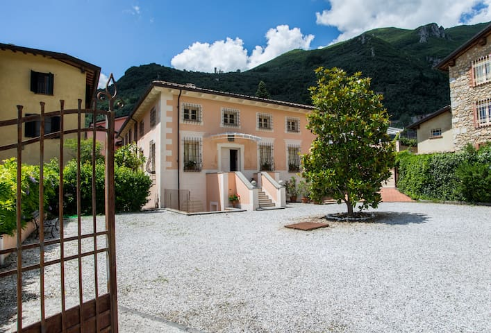 Charming Villa in Tuscany. Pool, A/C, Wi-Fi 18beds