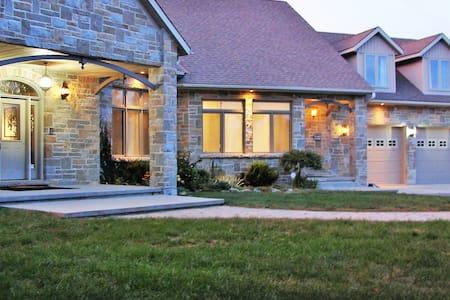 6-Acre Lakefront Family Retreat, sleeps 20+