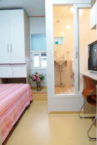 원룸방 개인화장실