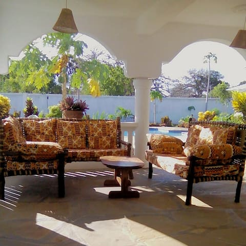 MaRe Villa