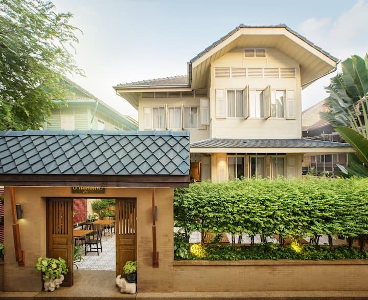 Baan Dinso Family House, 6BR+5Bathr.