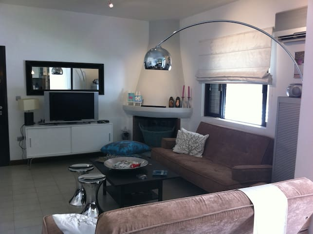 Monthly rental starting from €1.300/