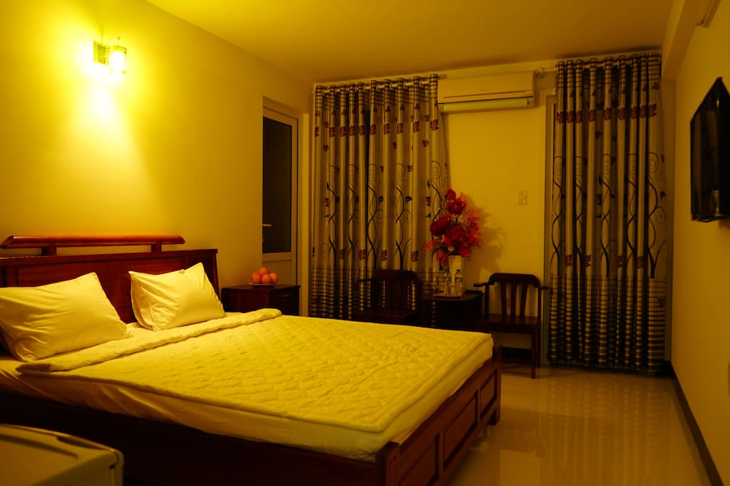 double room with balcony outside 25 usd/2 person