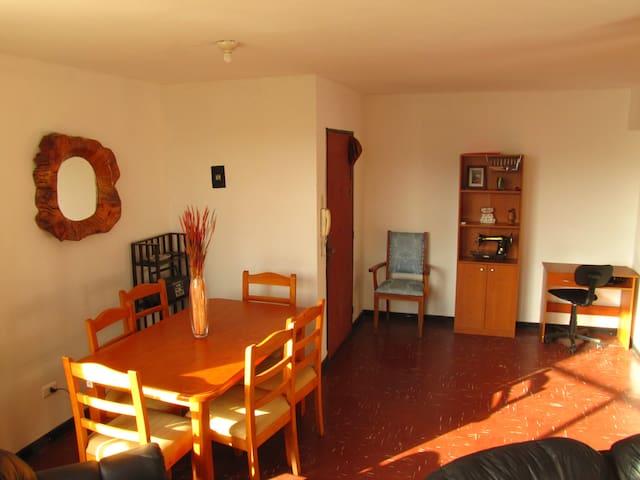 Hermosa vista, super central! para viajeros... - Valparaiso - Apartment