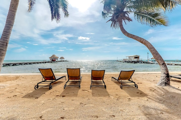 Ocean view apartment in a beachfront resort w/ shared pool, WiFi & partial AC!