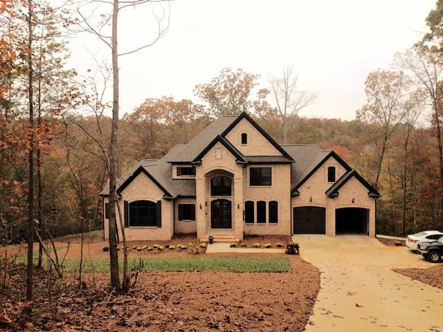 Luxurious nature retreat on Enoree river