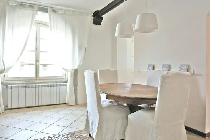 Bright 2 bedrooms flat - Magenta - Huoneisto