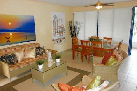 Villa- Palma Dorada Village - Dorado