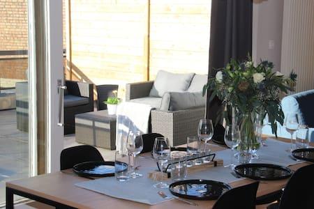 Vakantieappartment(100m²) met privé terras(40m²)