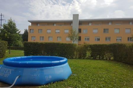 Bel appt. 4.5 pc avec terrasse - Apartmen