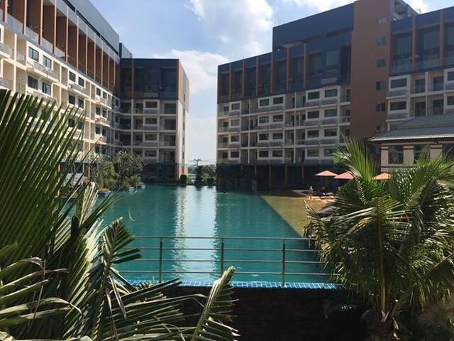 Studio quiet new resort condo - Bang Lamung District - Huoneisto