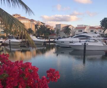Casa náutica de lujo cerca a todo, nautical luxury - Cancún - Casa