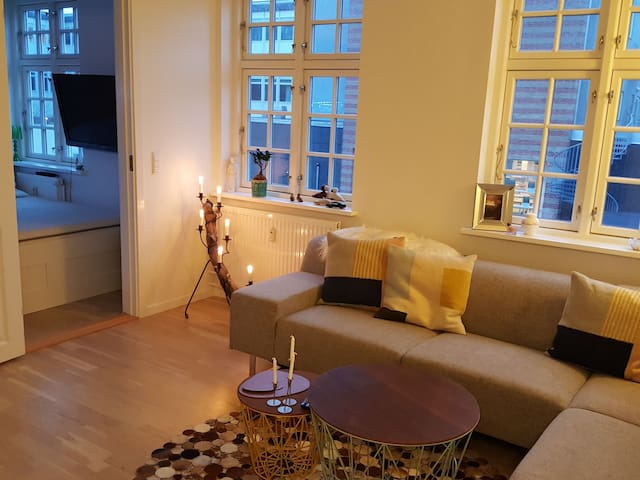 Cosy new apartment in the ❤ of Odense-Free parking