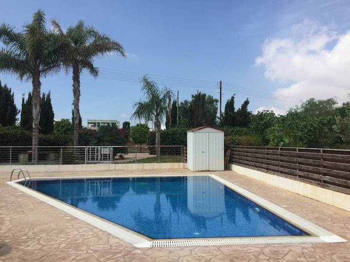 Crystal View Luxury 2 Bed Apartment Paralimini