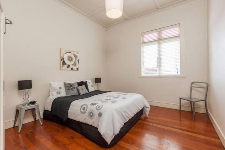 Comfy and lovely room, close to CBD! - Auckland - Talo