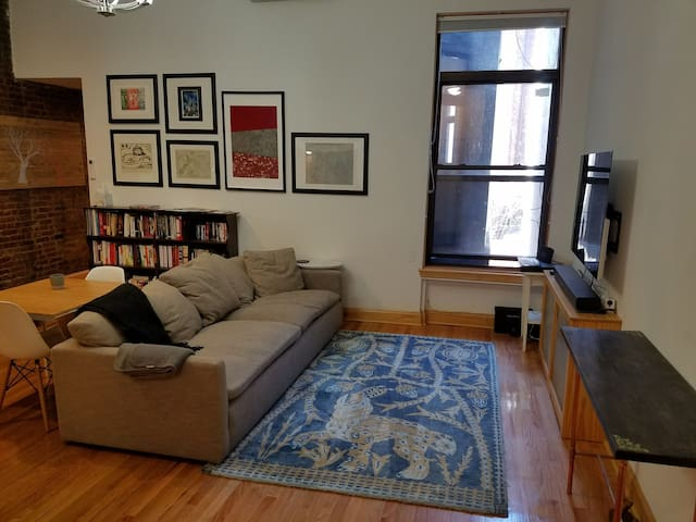 UWS Brownstone - Near Central Park/Lincoln Center