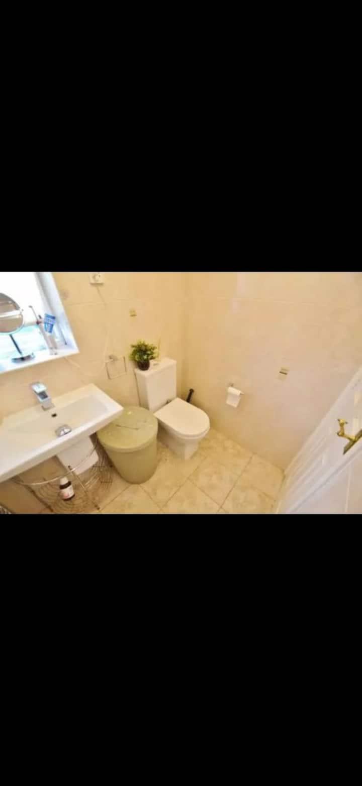 4  bedrooms villa in manchester