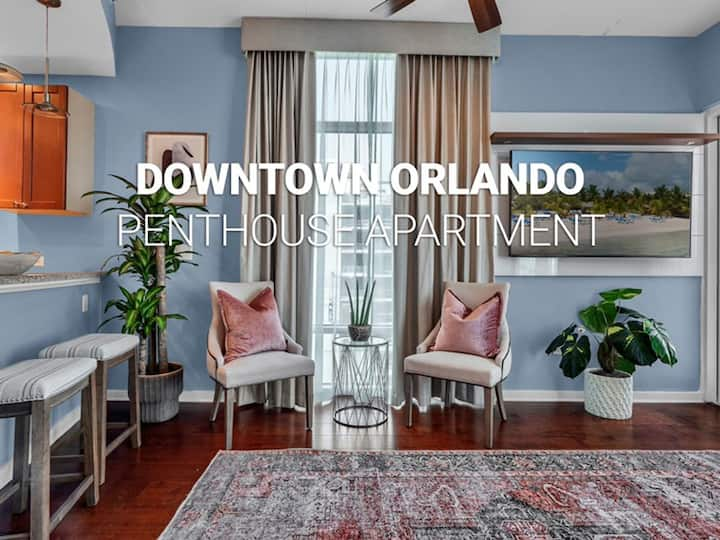 2/2 PENTHOUSE DOWNTOWN with large Billiard room