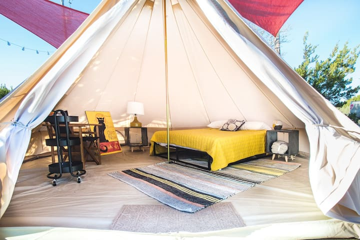 Comanche Glamping Tent near Pedernales Falls