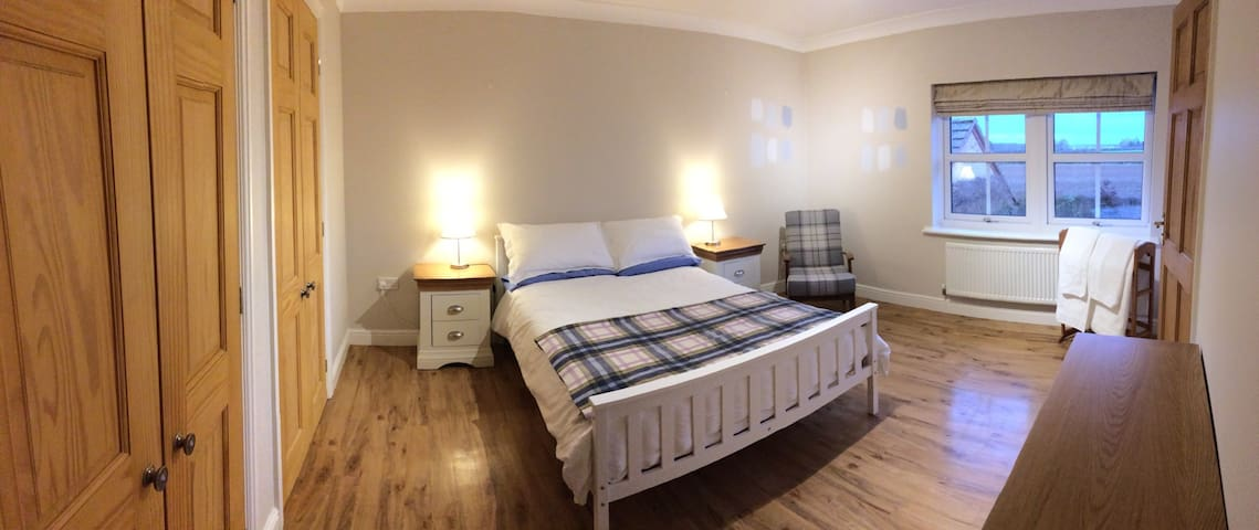 Home from home - modern & spacious - Uppingham - 獨棟