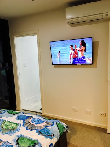 TV, rerversible heating and cooling