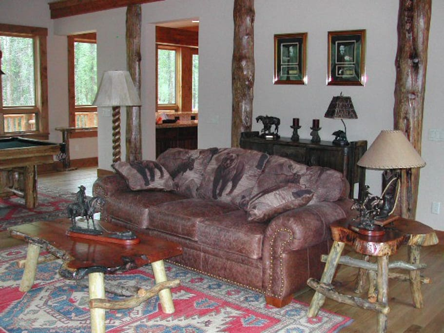 Comfortable and cozy great room with western decor