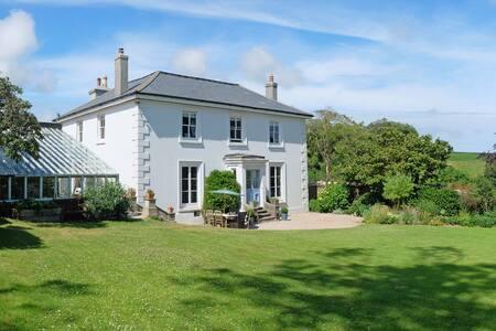Old Coleridge Farm - Chillington - Дом