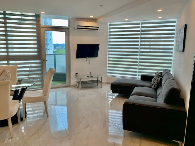 Ultra-Modern 2 Bedroom Apartment In Costa del Este