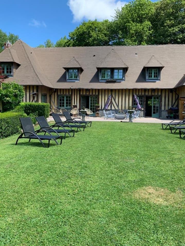 Magnifique demeure proche Deauville avec piscine