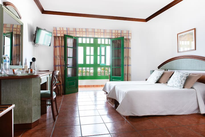 Hotelito el Campo, room only