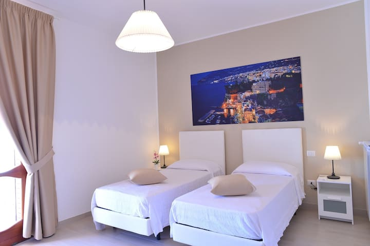 """Villa Miriam"" B&B room Sorrento - Gragnano - Penzion (B&B)"