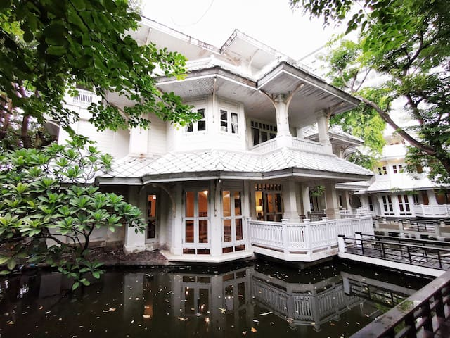 4 B/R THAI VILLA RIVERSIDE&BREAKFAST Free Pick-up