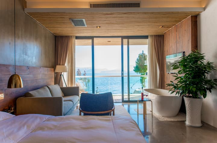 180-degree sea view&Lie in bed  watch the sunrise