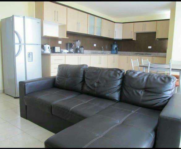 Departamento amoblado en Tonsupa - Quito - Apartamento