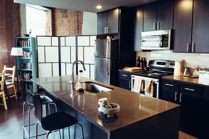 Luxury Downtown Artist's Apartment - Kansas City - Apartemen
