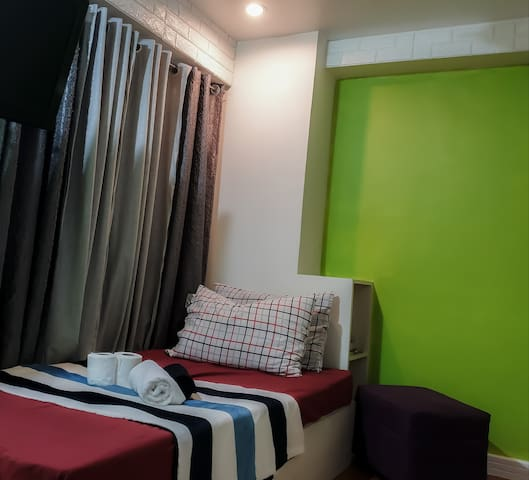 Budget Room w/UnliFast Wifi@Victoria Towers Qc