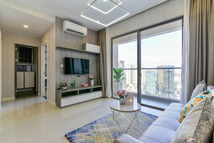 AMAZING CITY VIEW- LUXURY 2BR IN THE CENTRAL