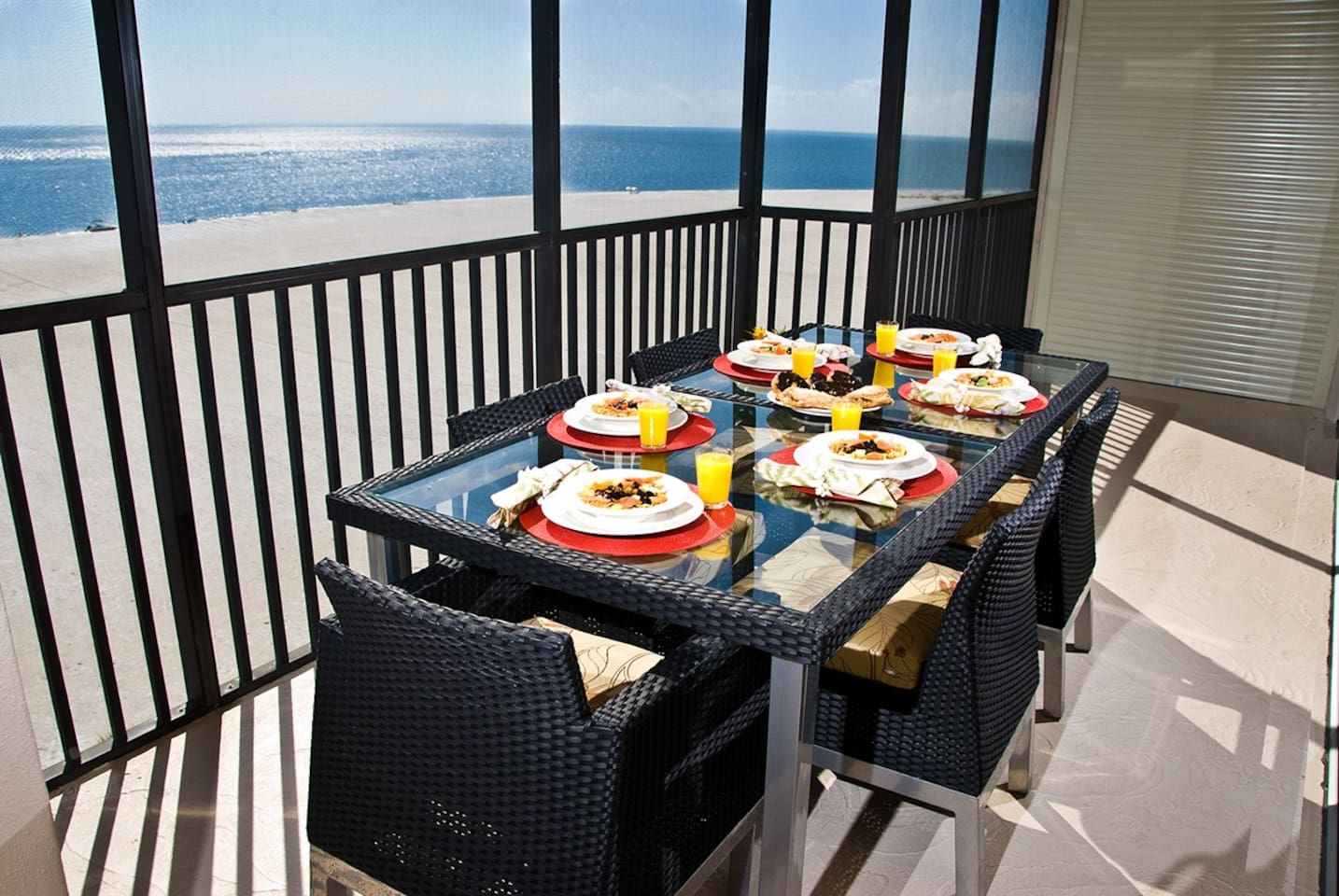 Direct beachfront and south island location.  7th floor Penthouse that sleeps up to 10 guests.